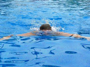 swimming-15262_960_720